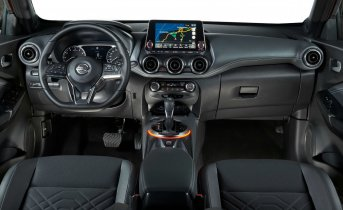 New Nissan JUKE Interior 01