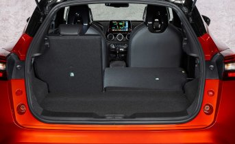 New Nissan JUKE Interior 23